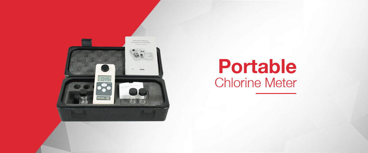 Portable chlorine meter for making chlorine measurements using the DPD method